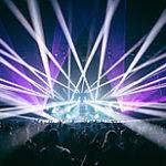 ミュージックビデオ、ライブ映像、企業VPやブライダルムービーなどの様々な映像媒体をはじめ、イベント会場のシステム設営も対応します