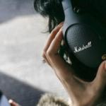 プロ現場のモニタリングからリスニング用まで、お洒落で高品質なMarshallのヘッドフォン