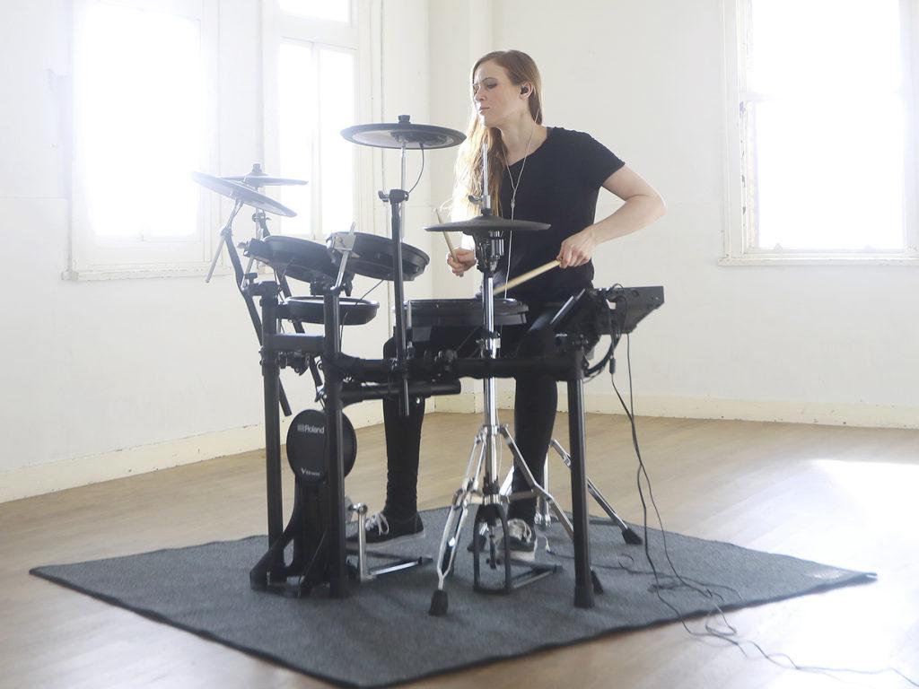 進化したクオリティがスキルを磨く|Roland 電子ドラム TD-17