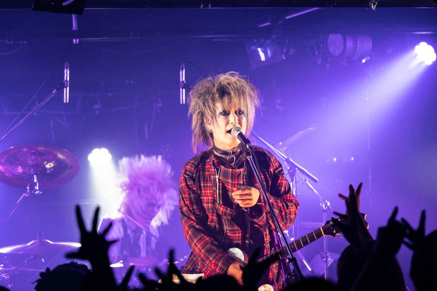 【ライブレポート】ZIZ、6周年を記念したワンマンGIG in 新宿ZircoTokyo