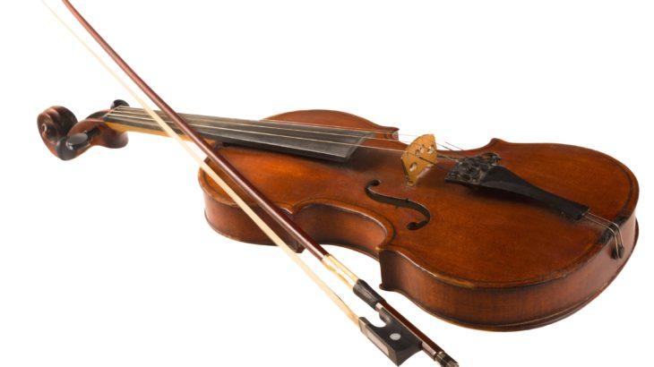 ピアノスタジオ/ベースオントップ神戸元町店でバイオリンのレンタルを開始