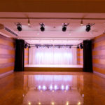 BOTHALL神戸元町店 100インチスクリーン使用可能!【説明会・講演会・セミナー・会議室利用可能】