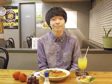 等身大の自分を全力で歌うシンガーソングライター。 2020年、関西で最も注目と笑顔を集める全身全力系シンガーソングライターが登場!【一山楓】