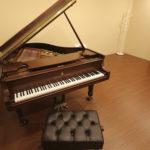 【スタインウェイ ・ヤマハ】配信・ピアノ練習からコンクール予備審査応募用DVD、CD制作・弾き語りアーティスト、CD音源制作可能なピアノレコーディングスタジオ