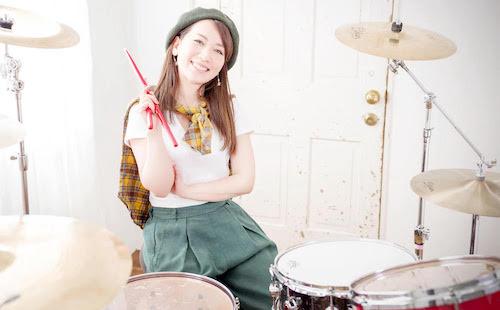 リズム感は育つものです。好きな音楽に合わせてドラムを叩いて楽しみながら上達していきましょう【ドラム】講師:桝谷マリ インタビュー